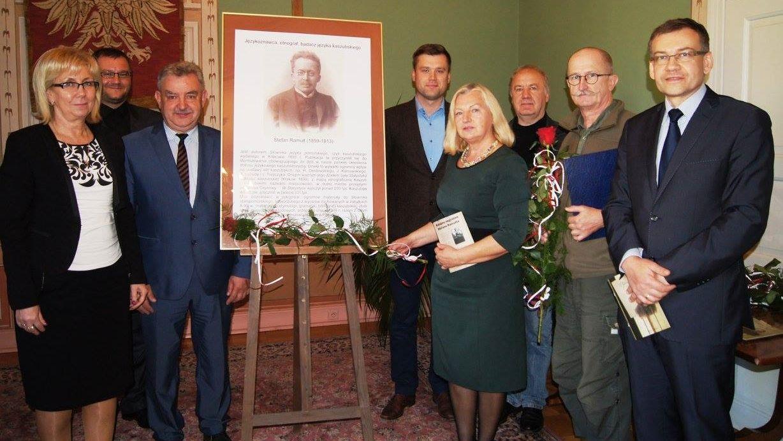 Renowacja grobowca wybitnego językoznawcy Stefana Ramułta